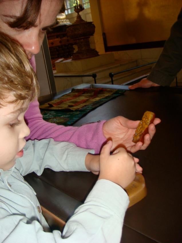 Dudu curtiu demais os museus de Londres, cheios de atividades interativas para as crianças