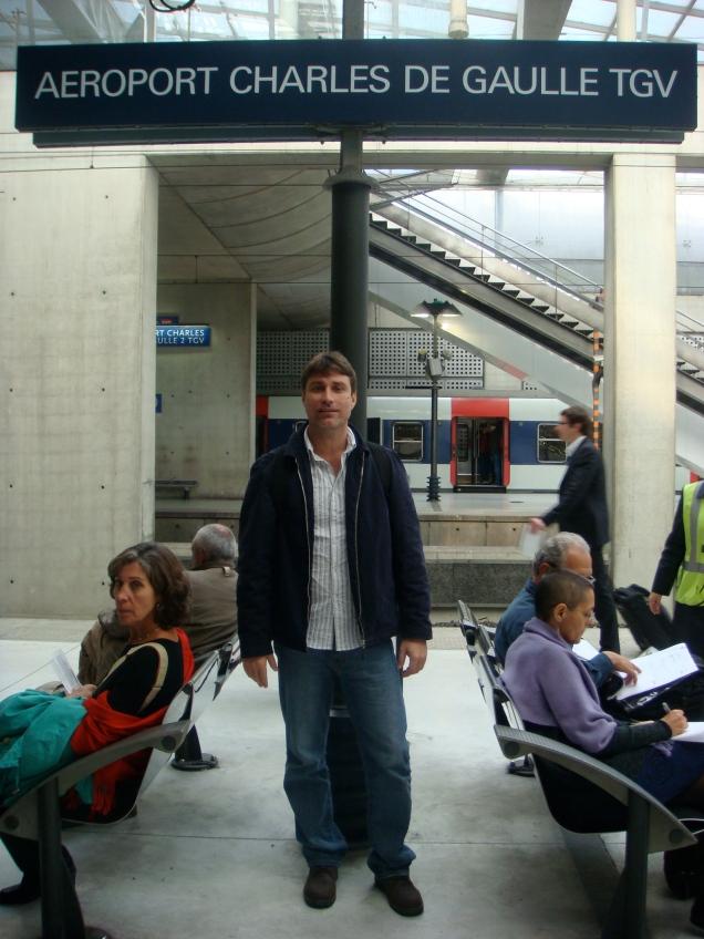 Da estação de trens no Aeroporto de Paris, é possível partir diretamente para toda a Europa