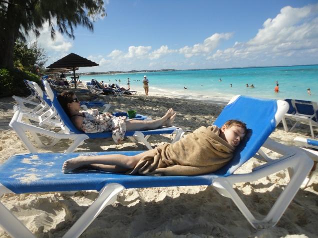 A vida em Caicos é tão exaustiva...
