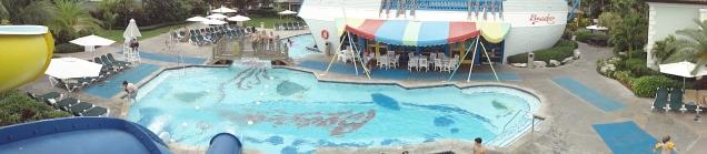 O restaurante do parque aquático é um navio pirata