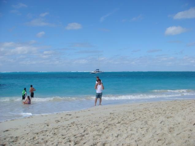 Toda a faixa de praia ao longo do resort é privativa