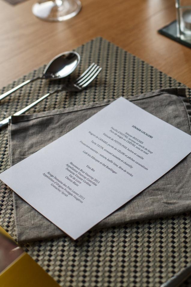Em sua Cuisine Rouge, Joana organiza jantares personalizados